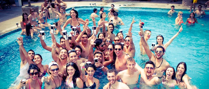 pool party para despedidas